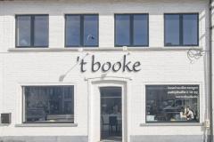 'T BOOKE-1